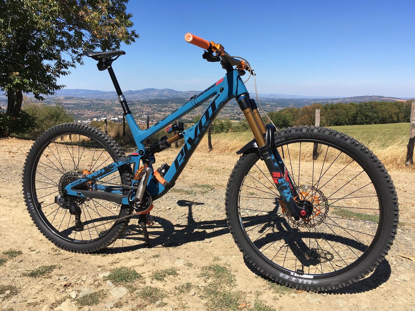 Pivot Firebird 29 custom