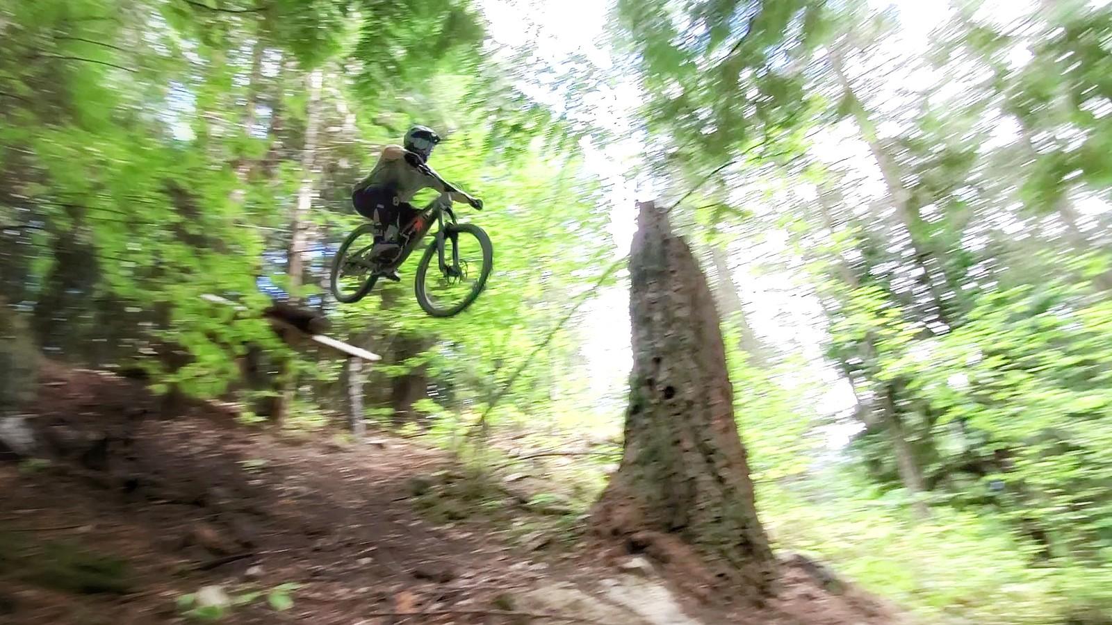 Castlegar, BC - O1D4 - Mountain Biking Pictures - Vital MTB