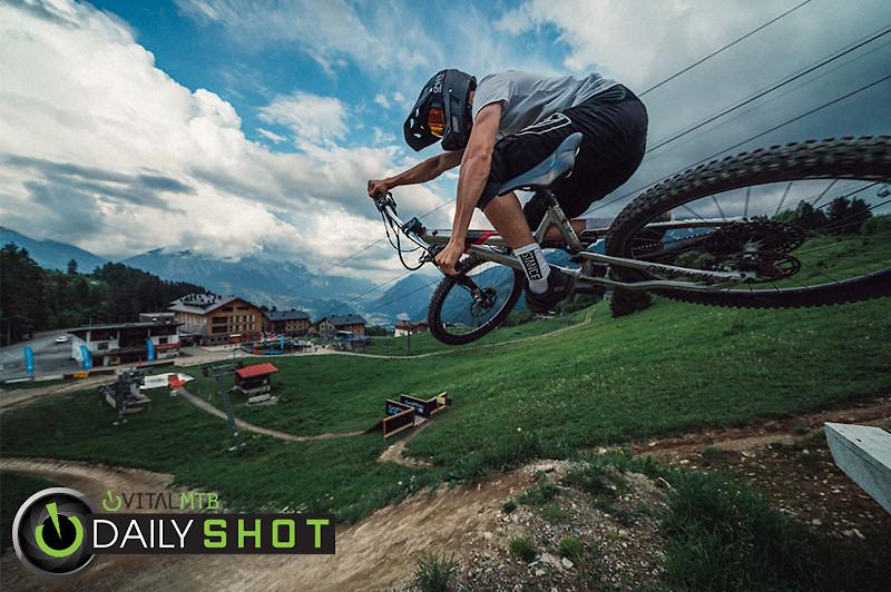 Super Scrub - Korbinian Engstler - Mountain Biking Pictures - Vital MTB