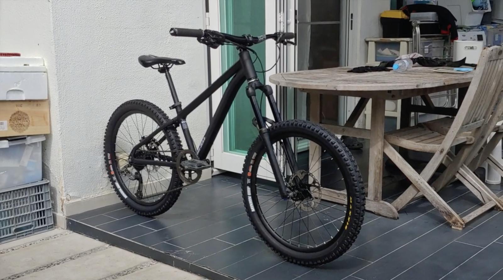 ZEROMON 02F-ZE Trail Bike (ZEROMON Tuning™)