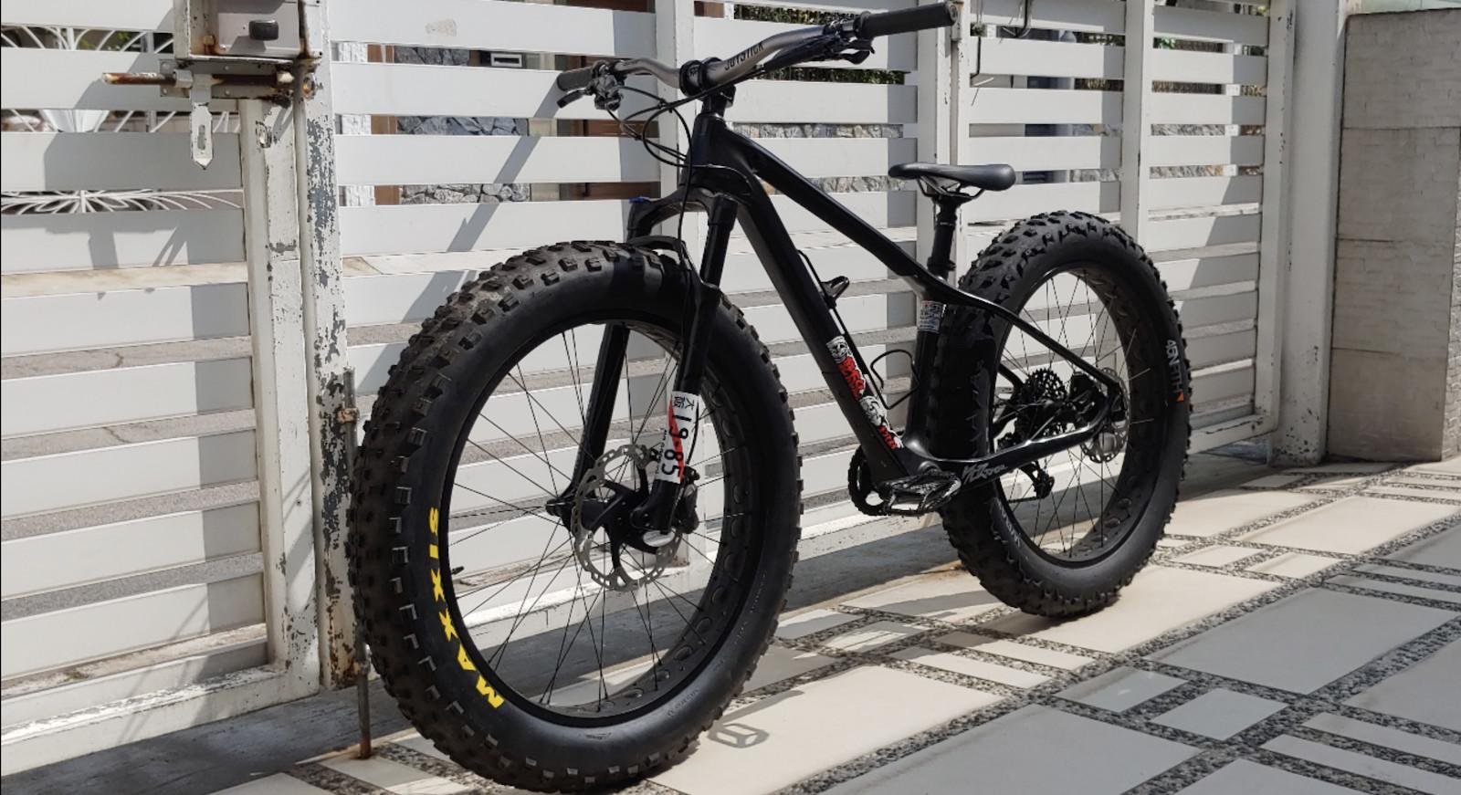 Nagasaki Industry EXS-01ZE ZEROMON Tuning Edition Carbon Fibre Fat Bike. MSRP: 6000USD