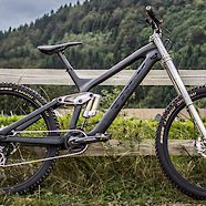 Lightest 27.5 DH bike? TREK SESSION 9.9 27.5