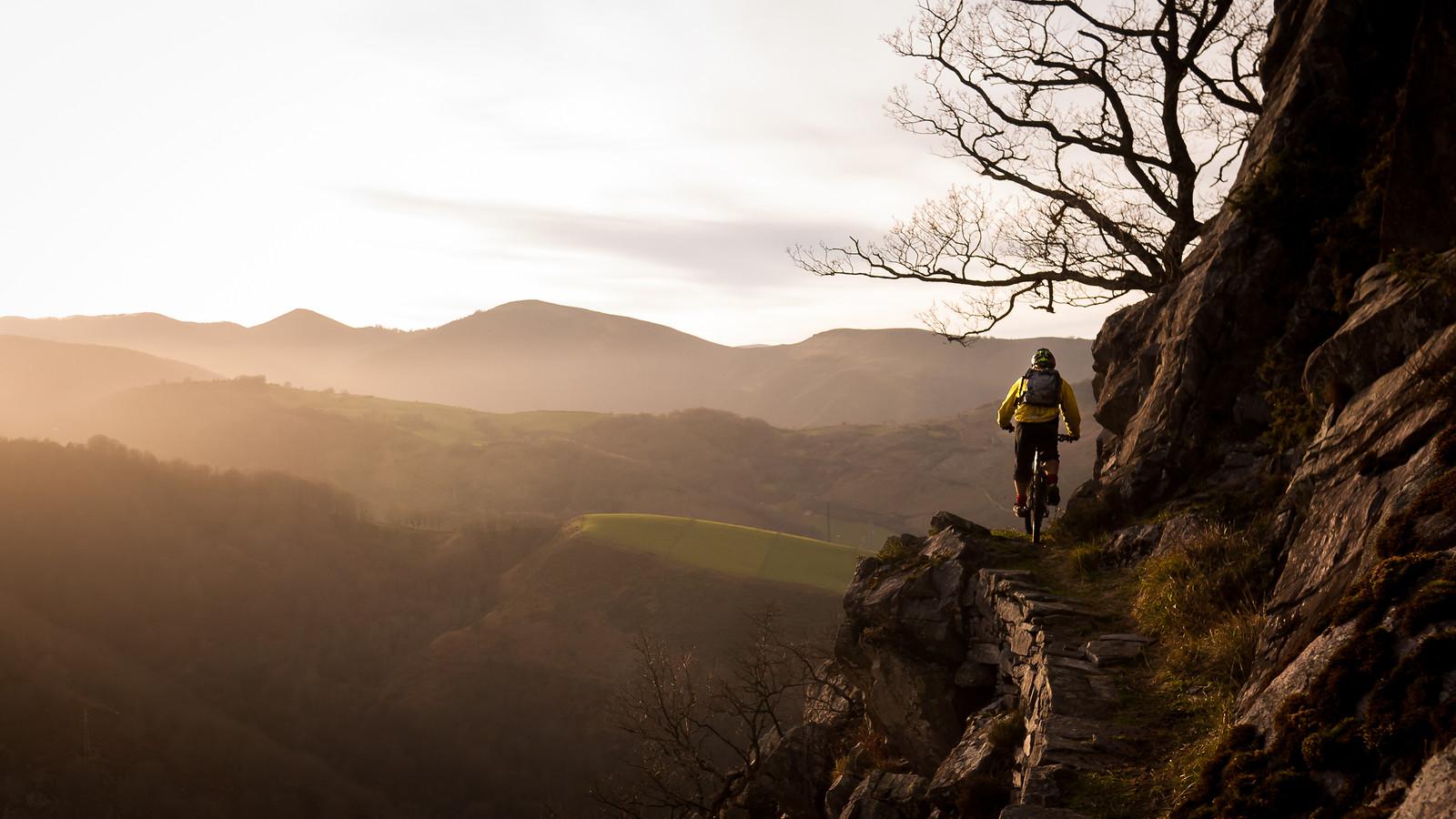 Sunset Trail Finding   - BasqueMTB - Mountain Biking Pictures - Vital MTB