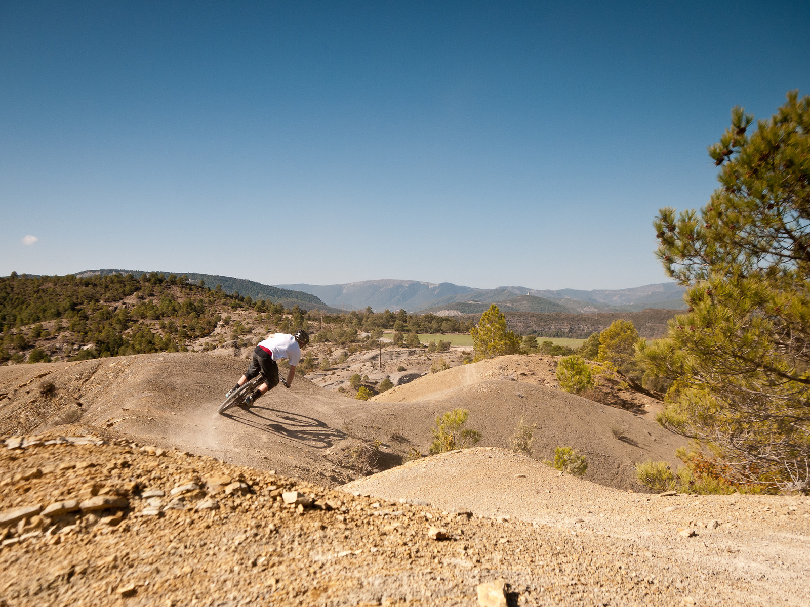 Riding in the Spanish Pyrenees - BasqueMTB - Mountain Biking Pictures - Vital MTB