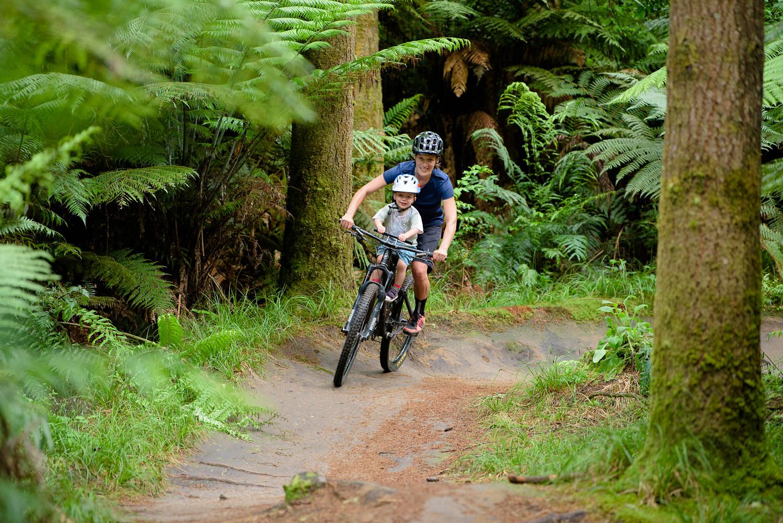 Learning to lean and corner - kidsrideshotgun - Mountain Biking Pictures - Vital MTB