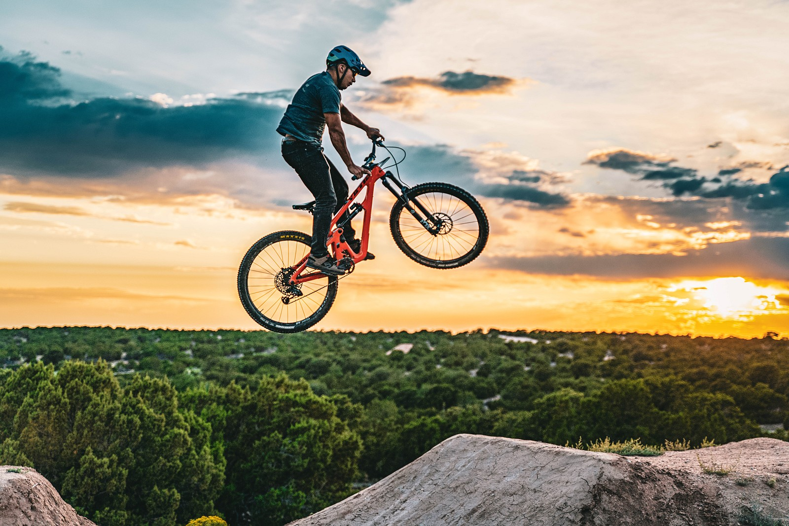 James sunset send - legpwr - Mountain Biking Pictures - Vital MTB