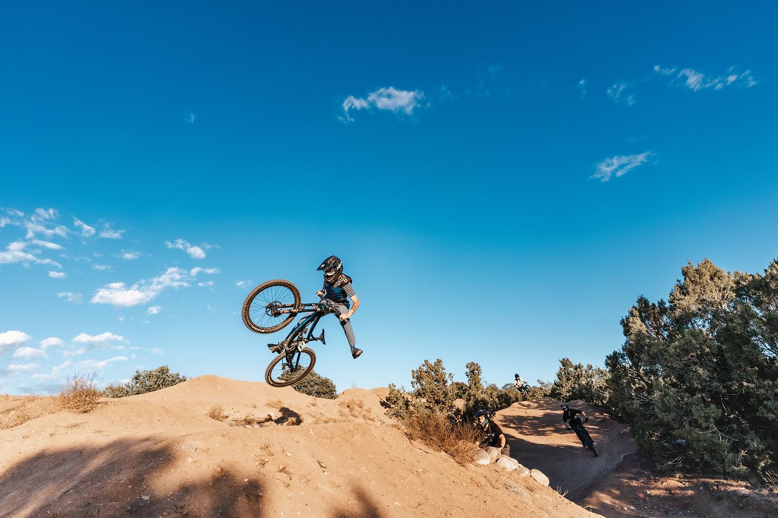 Party Train - legpwr - Mountain Biking Pictures - Vital MTB