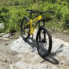 It's yellow (Commencal Alberta Edition)