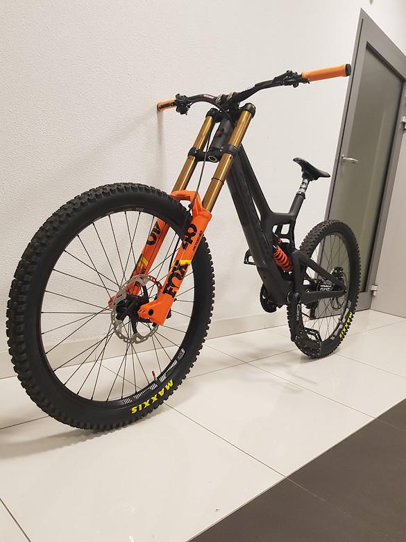 Custom Santa Cruz V10 CC 2019 mk7