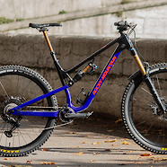 Rocky Mountain Altitude Carbon 90 Rally Edition