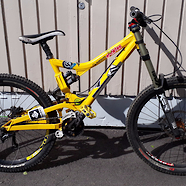 Commencal Supreme DH v1