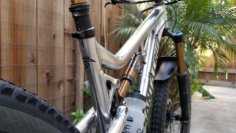 2014 Santa Cruz Bronson - Polished