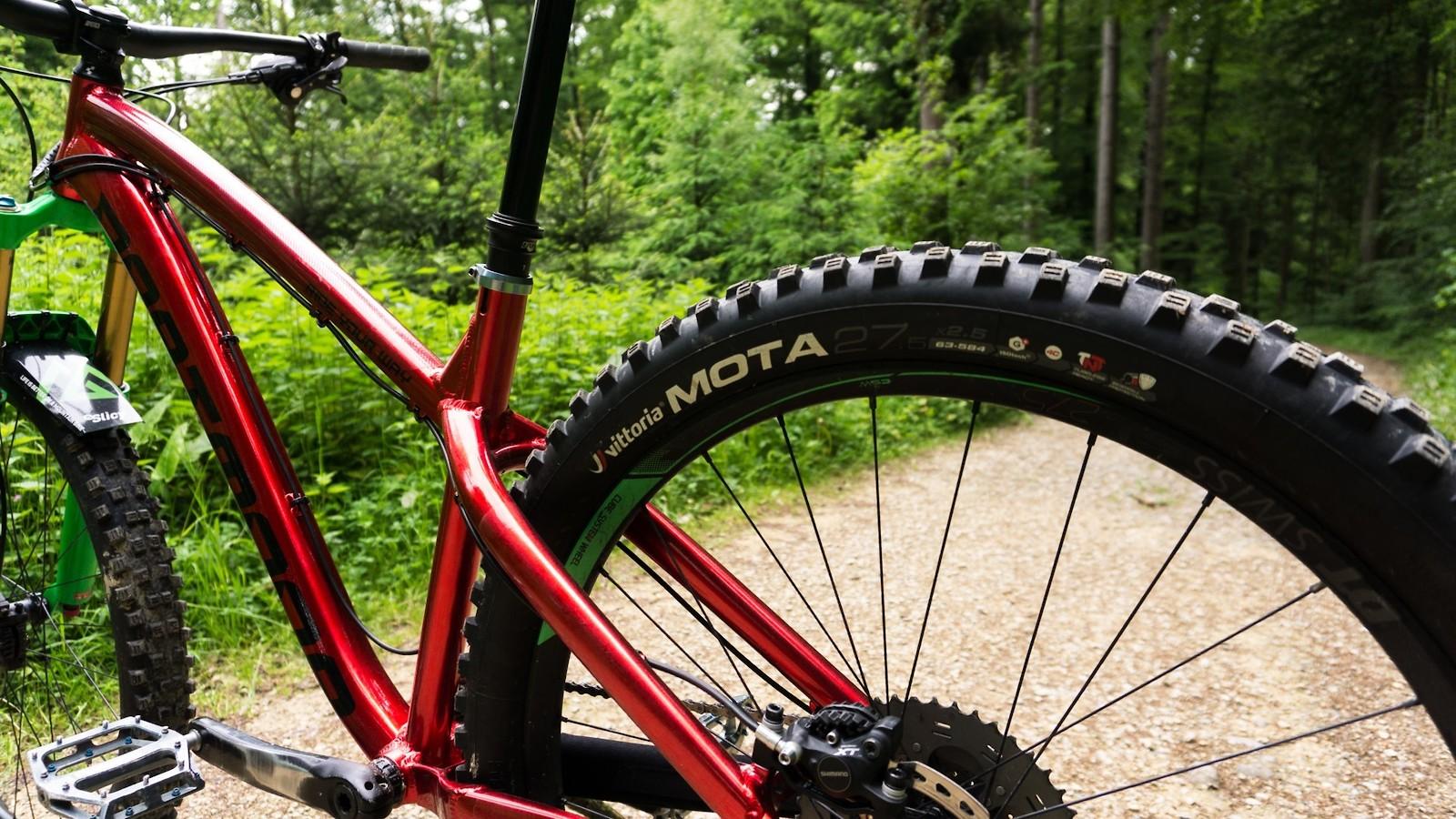 040 - allmountain.ch - Mountain Biking Pictures - Vital MTB