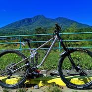 Tikbalang MK1 Titanium Downhill Enduro bike
