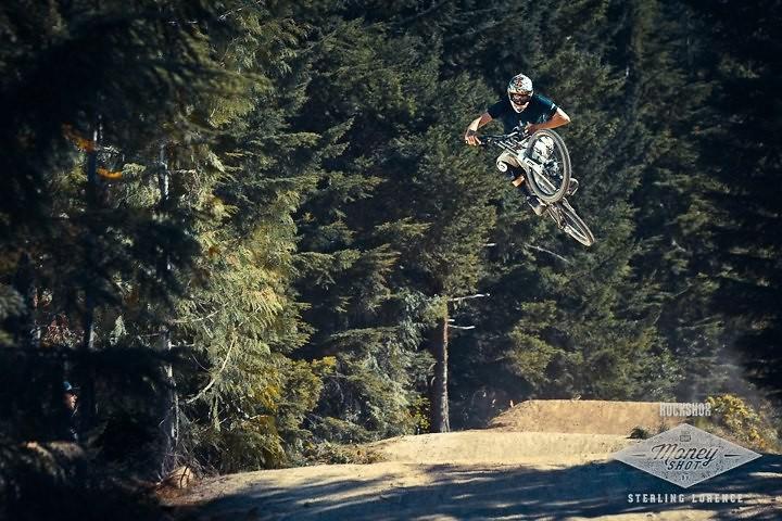 Crabapple hits - Jean-dirt - Mountain Biking Pictures - Vital MTB