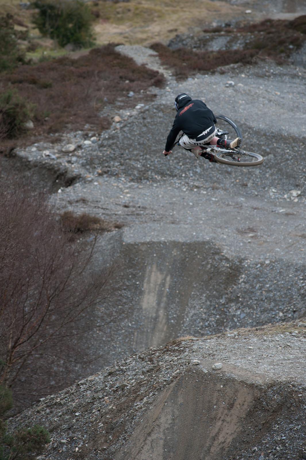 Table at Revolution bike park - Jean-dirt - Mountain Biking Pictures - Vital MTB