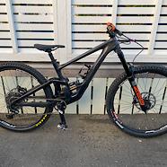 2020 Specialized Enduro Custom