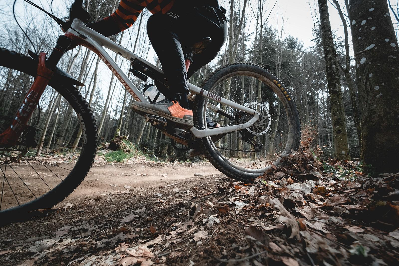 Phil Baden to the Bone_4 - bubaswan - Mountain Biking Pictures - Vital MTB