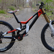 Santa Cruz V10 custom Paint!!!