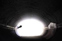 S200x600_whistlertunnelrene