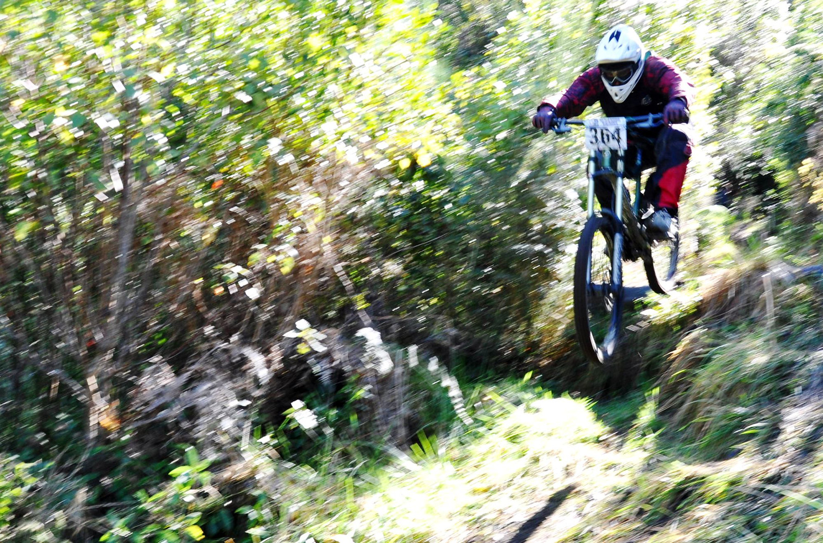 Broken Axe - Adam_Mitchell - Mountain Biking Pictures - Vital MTB