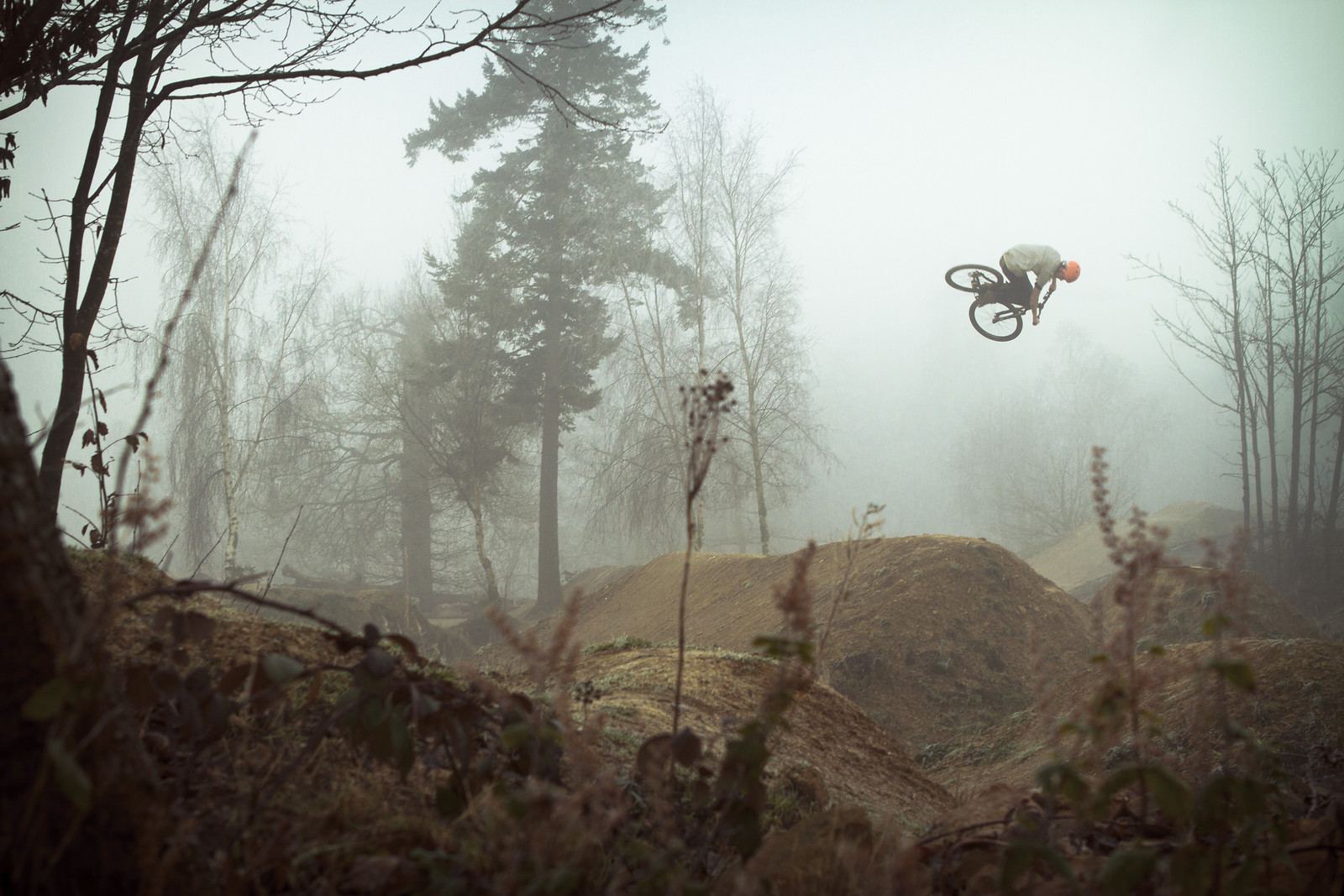 Matt Jones twists through the fog - jamieledson - Mountain Biking Pictures - Vital MTB
