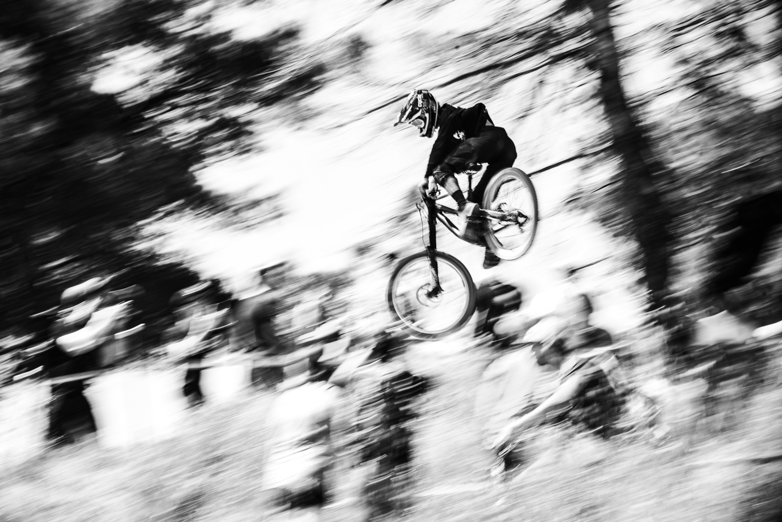 Race Whipping - satchscratch - Mountain Biking Pictures - Vital MTB
