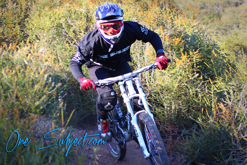 p4pb8363997 - GnarHuck - Mountain Biking Pictures - Vital MTB