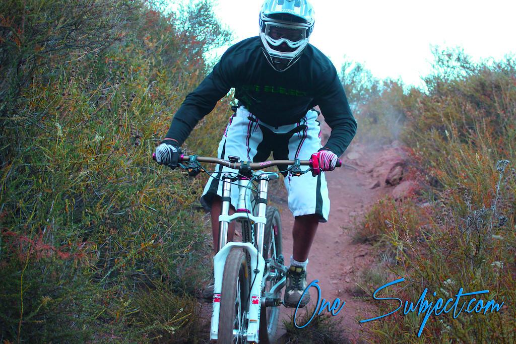 p5pb8363981 - GnarHuck - Mountain Biking Pictures - Vital MTB