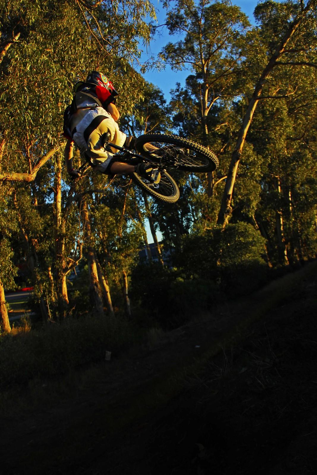 rear hip shot - GnarHuck - Mountain Biking Pictures - Vital MTB