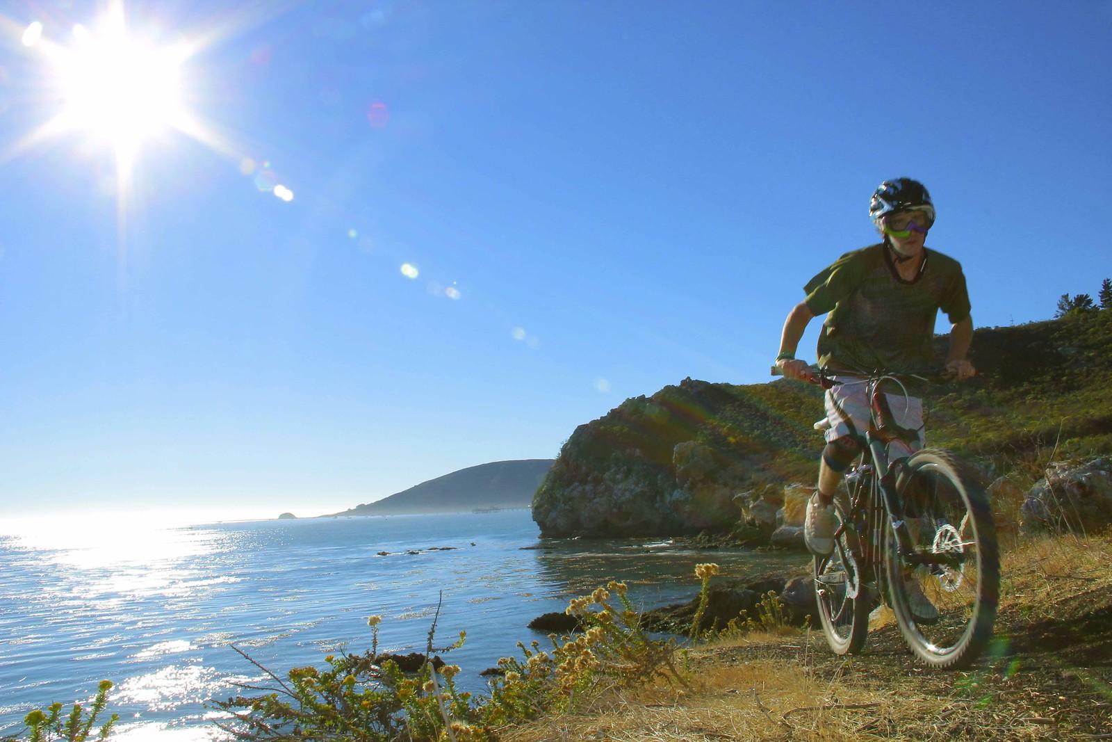 MG 2255fb - GnarHuck - Mountain Biking Pictures - Vital MTB