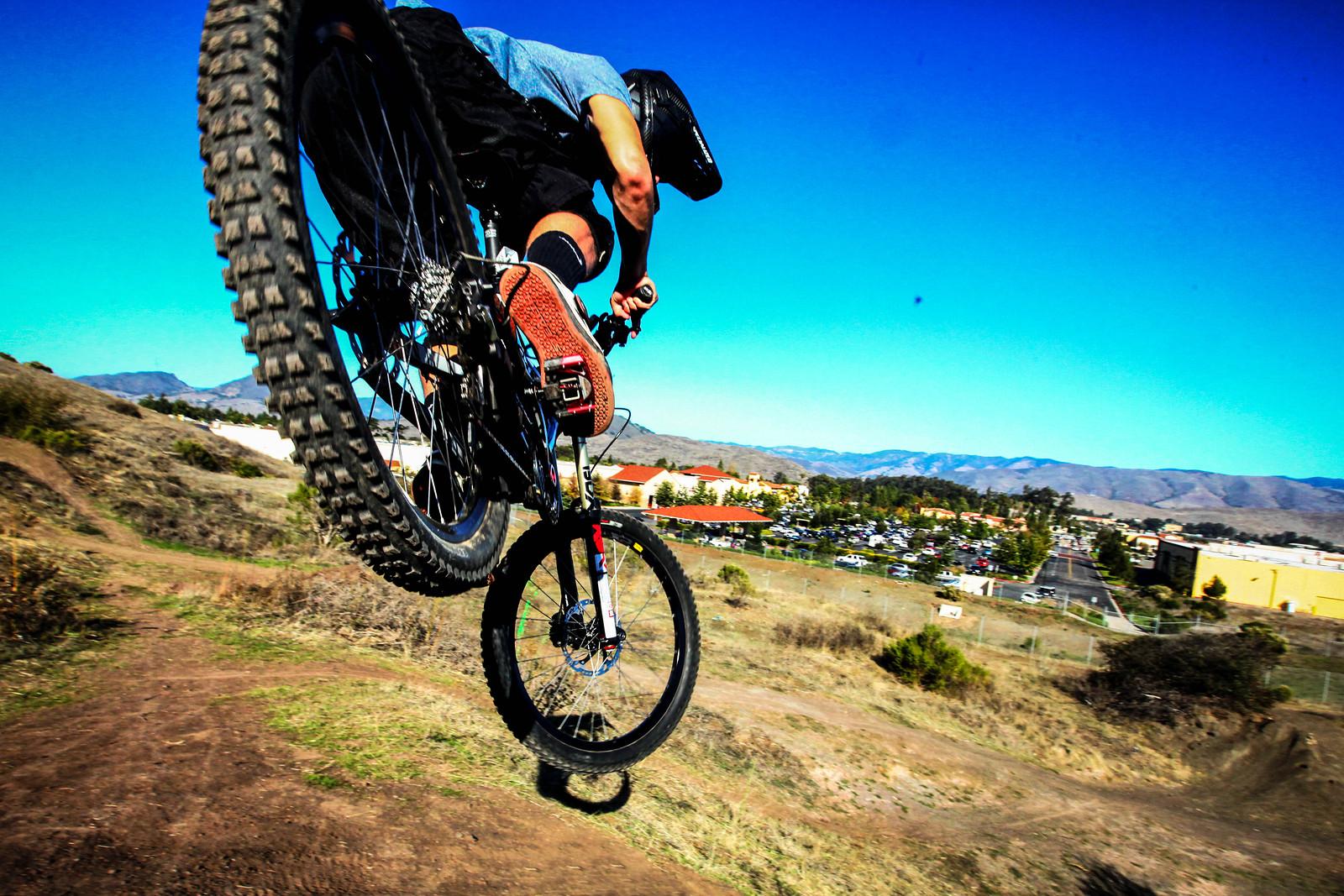 jordan gettin sideways - GnarHuck - Mountain Biking Pictures - Vital MTB