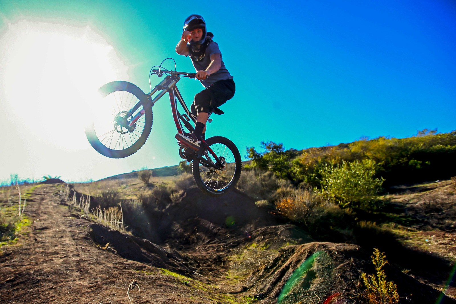 Moto Point - GnarHuck - Mountain Biking Pictures - Vital MTB