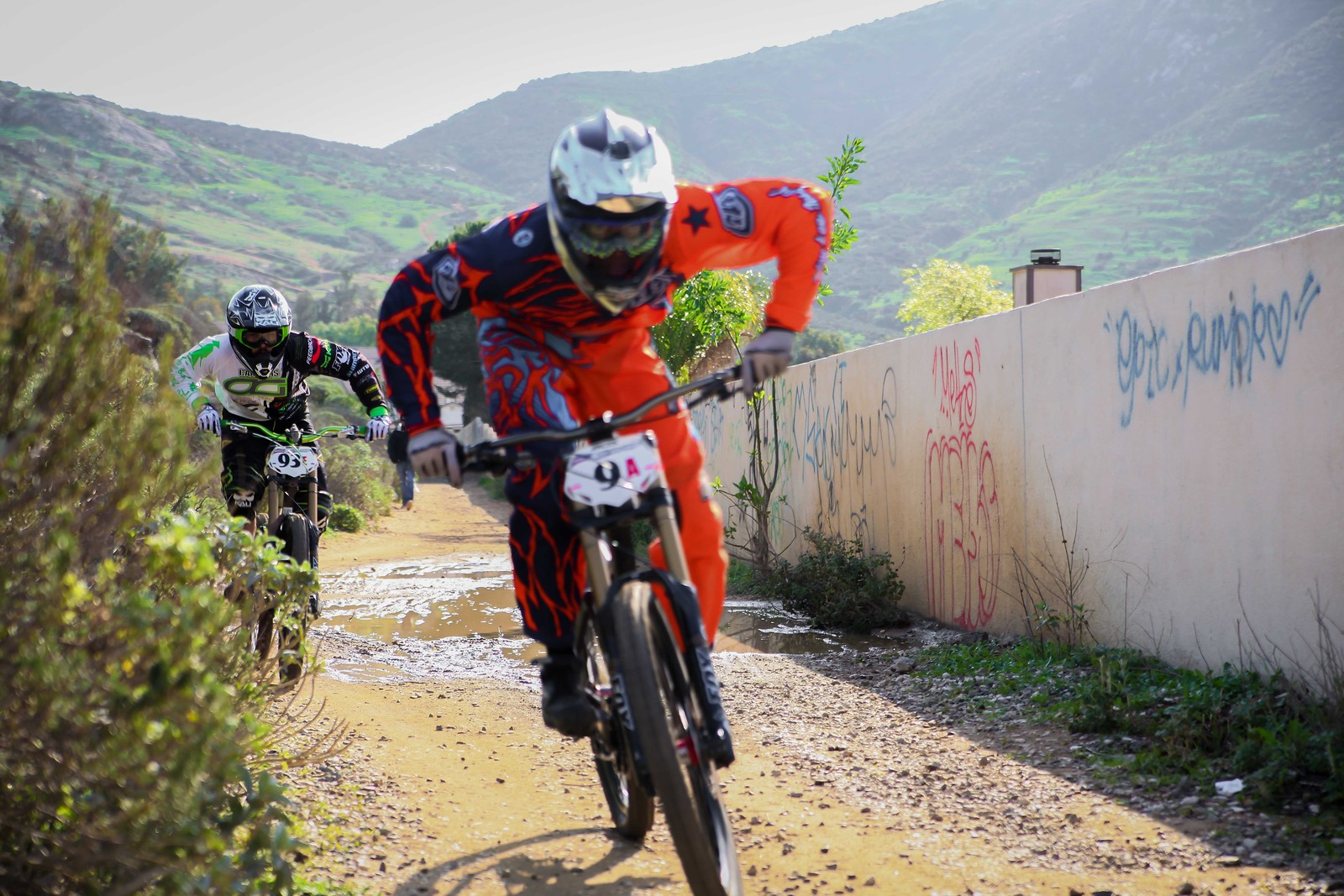 the chase at the wall! GET EM! - GnarHuck - Mountain Biking Pictures - Vital MTB