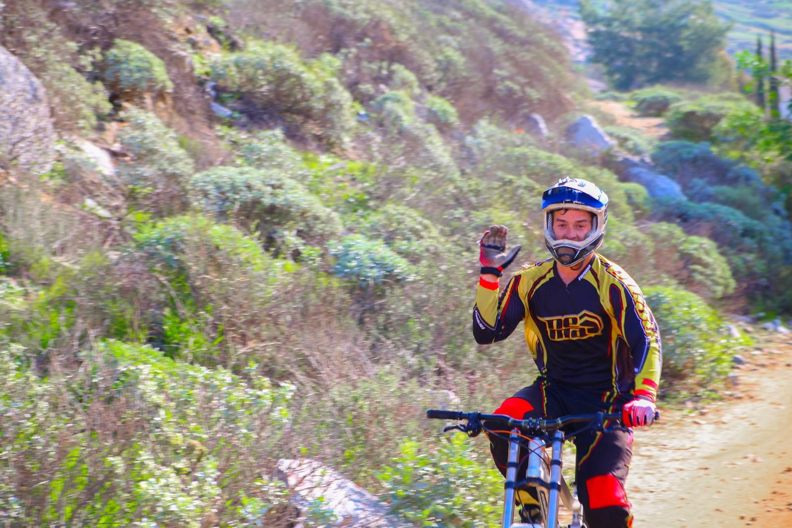 Hi Kyle - GnarHuck - Mountain Biking Pictures - Vital MTB
