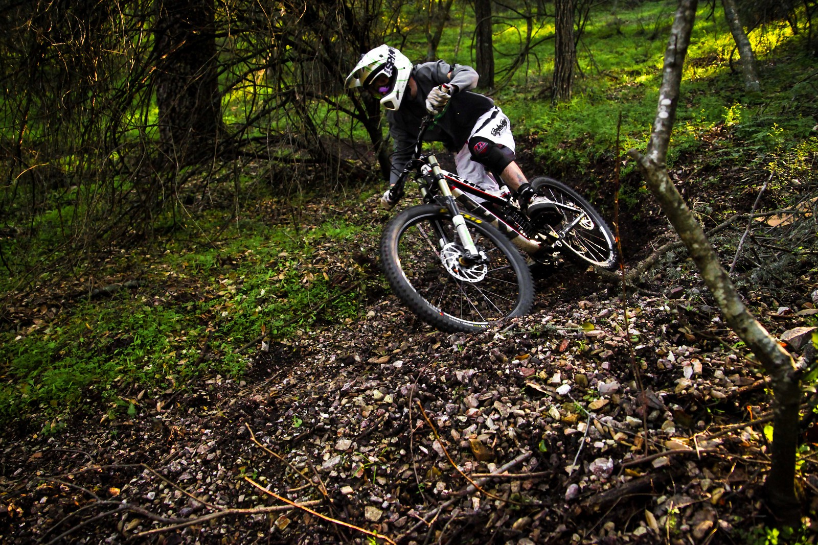 IMG 2653 - GnarHuck - Mountain Biking Pictures - Vital MTB