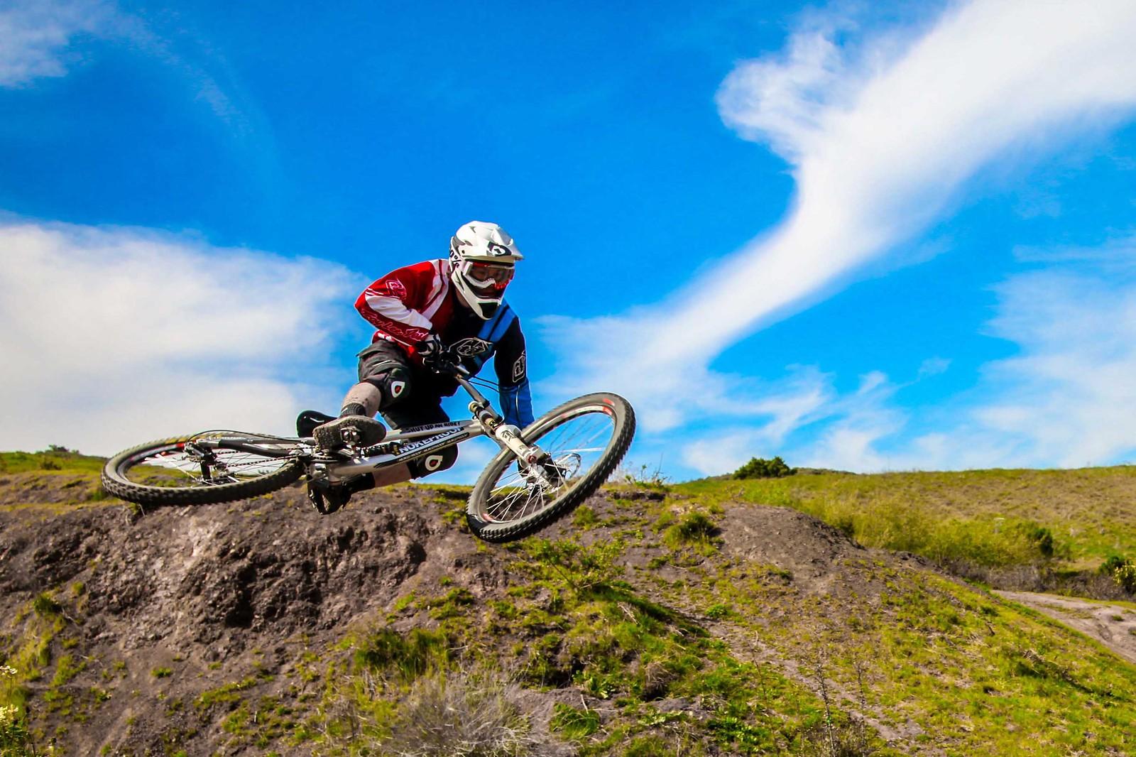 Kory Foley gets it sideways - GnarHuck - Mountain Biking Pictures - Vital MTB