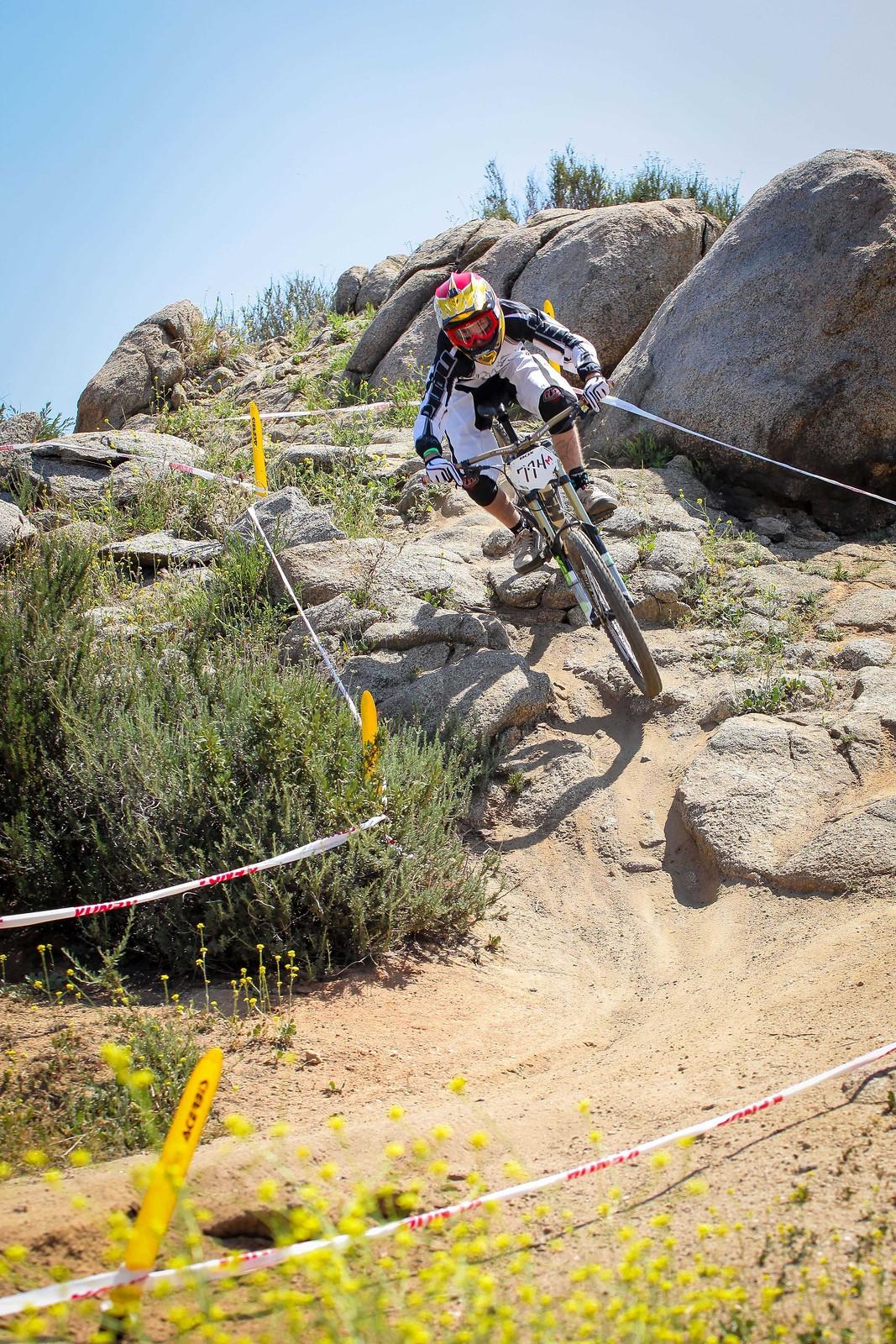 IMG 3252 - GnarHuck - Mountain Biking Pictures - Vital MTB
