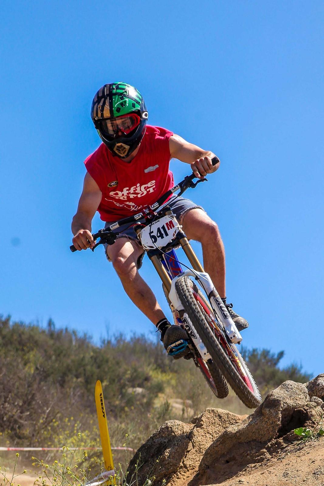 IMG 3310 - GnarHuck - Mountain Biking Pictures - Vital MTB