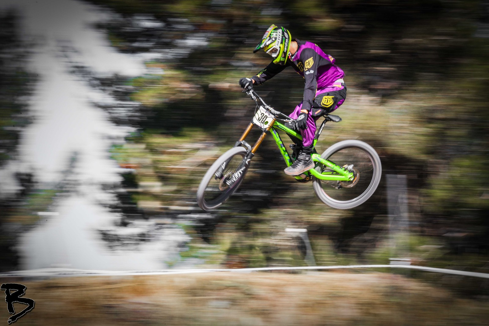 Brendog - GnarHuck - Mountain Biking Pictures - Vital MTB
