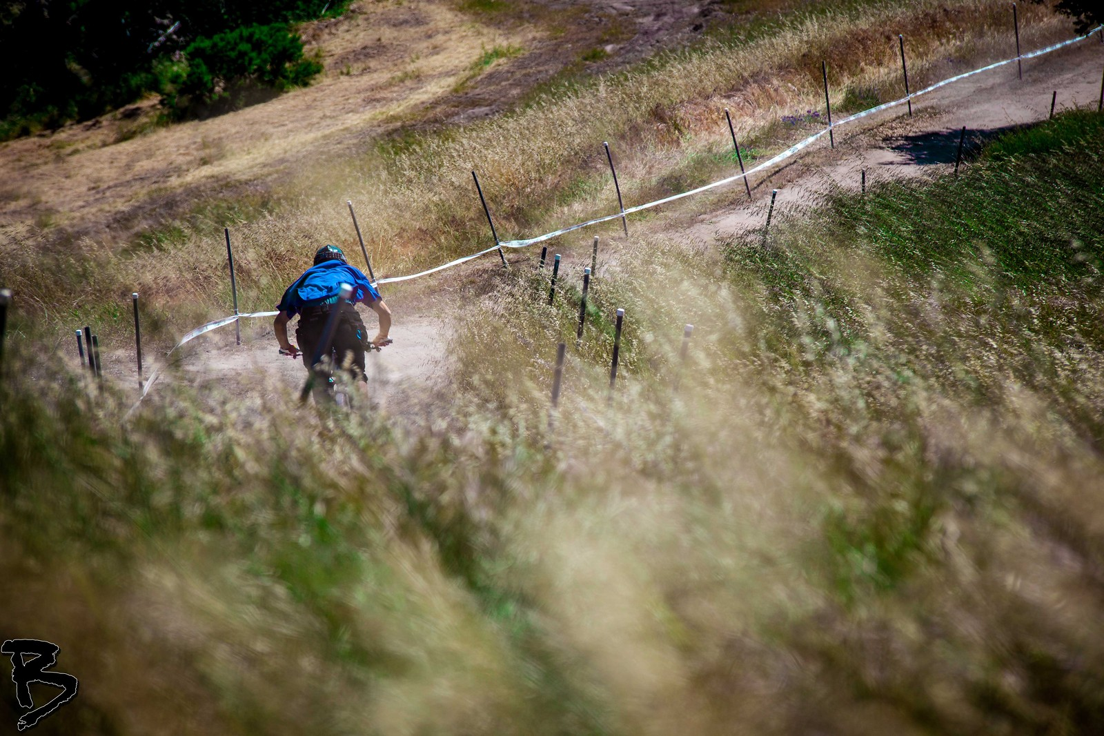 Field Shot - GnarHuck - Mountain Biking Pictures - Vital MTB