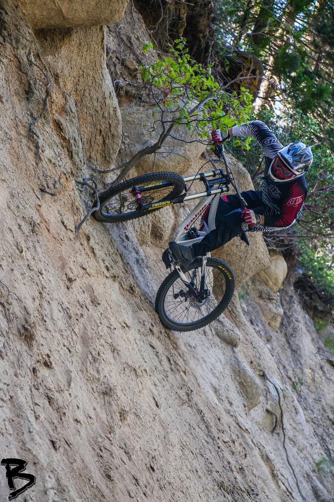 Greg pitches it sideways - GnarHuck - Mountain Biking Pictures - Vital MTB