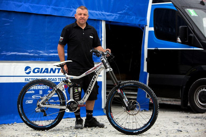 Danny Hart's Giant Glory at Fort William, Help for Heroes