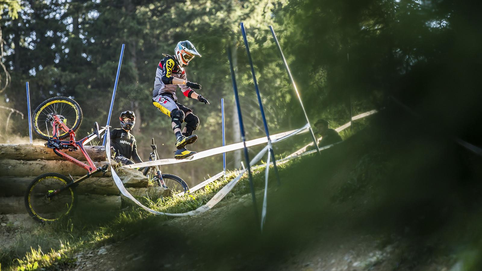HUN8178 - phunkt.com - Mountain Biking Pictures - Vital MTB