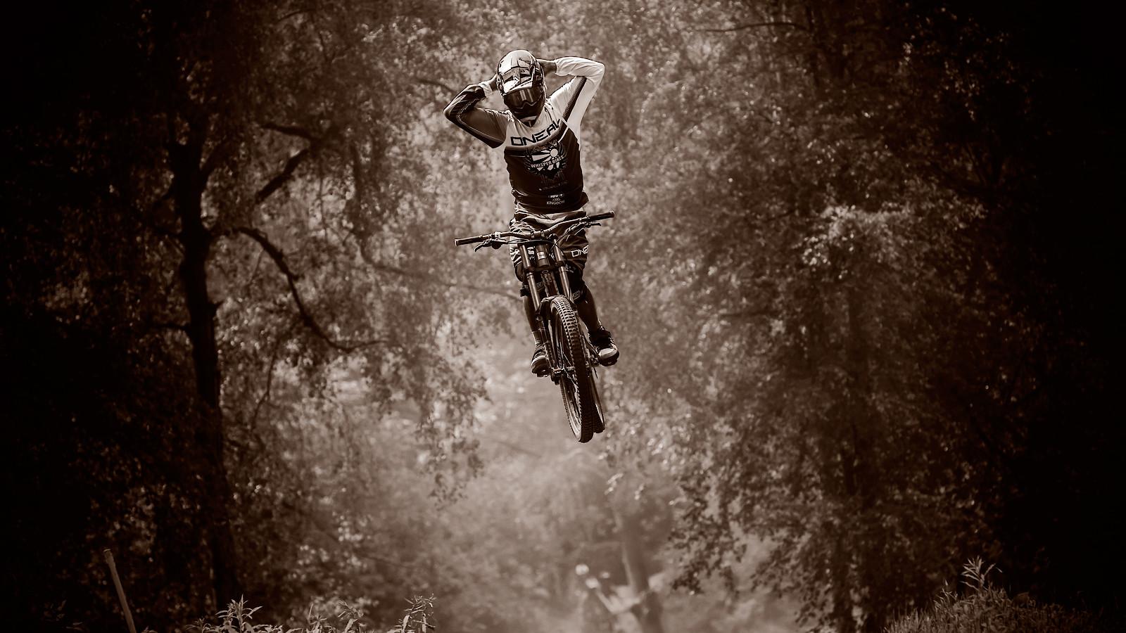 32994518980 aaa59bb08b o - phunkt.com - Mountain Biking Pictures - Vital MTB