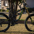 "Pivot Phoenix - ""If I had a DH bike I might try it.."""