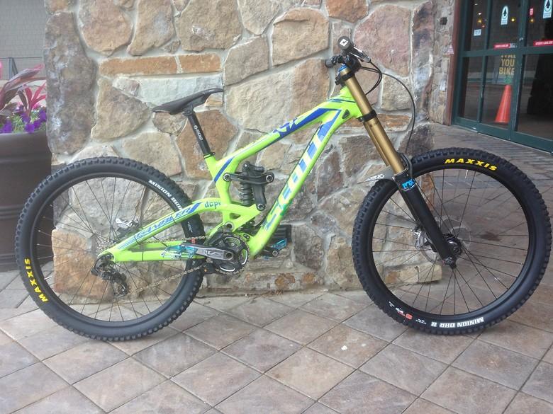 04efe52abfc 2013 Scott Gambler 710 - jewfrodexter's Bike Check - Vital MTB