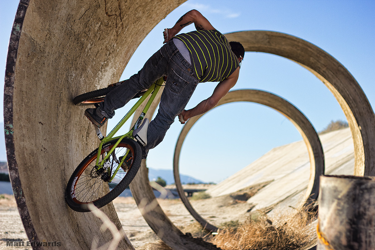 Tunnel Pipes - EdwardsEntertainment - Mountain Biking Pictures - Vital MTB