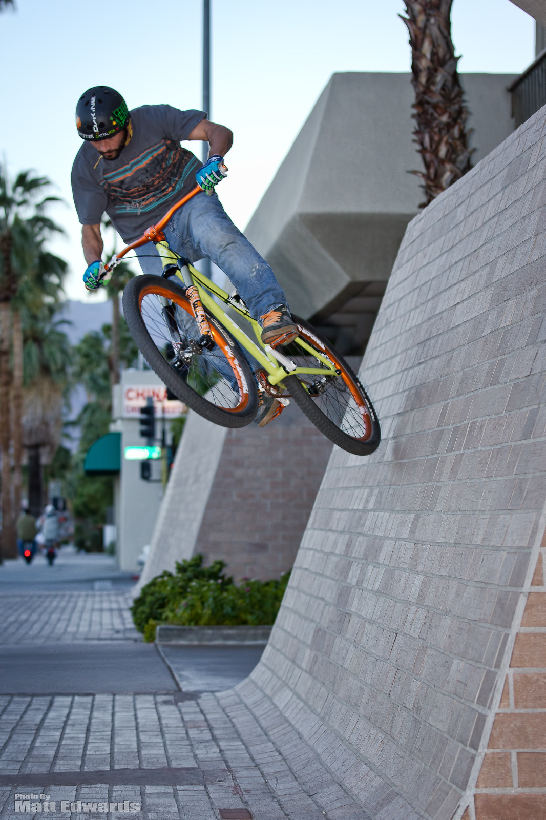 Palm Spring Wall Ride - EdwardsEntertainment - Mountain Biking Pictures - Vital MTB