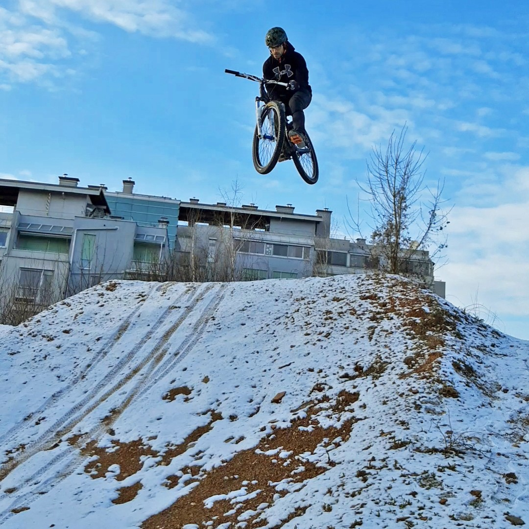 jan t bog dirt 1 - porson - Mountain Biking Pictures - Vital MTB